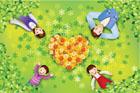 잔디밭에 누워있는 가족 템플릿