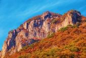 가을바위산 일러스트/이미지