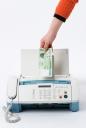 팩스기와 돈 잡고 있는 손 템플릿