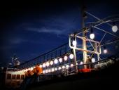 밤바다의 고기잡이 배 템플릿