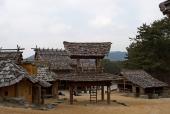 나무로 만든 건물 템플릿