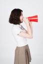 확성기 들고 있는 여학생 템플릿